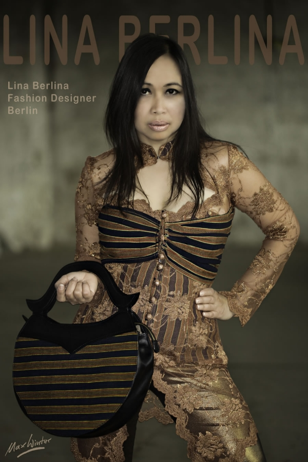 Lina Berlina wearing a Lurik Kebaya and a Lurik Moon Bag | Photographer Max Winter, Munich